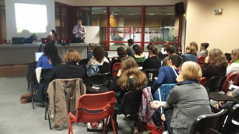 Octobre 2014 : formation des intervenants Bons Usages et Café Cyber par Le Conseil Général, Fréquences Écoles et Zoomacom.