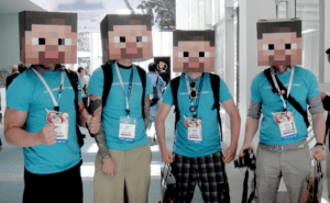 E3_2011_-_box-headed_Minecraft_men_modif4